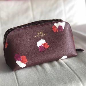 nwot coach makeup bag